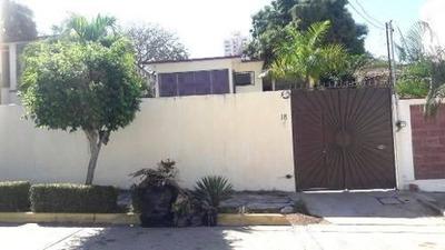 Casa En Fracc. Costa Azul Calle Gabriel Carballo