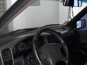 Nissan Pathfinder 1995/96