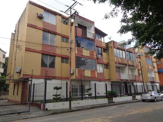 Apartamento En Venta Araure Rhb19-12702