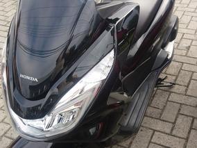 Moto Honda Pcx 150 Preto Bem Conservada Impecável Baixa Km.