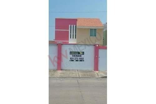 Casa En Venta En Coatzacoalcos, Ver