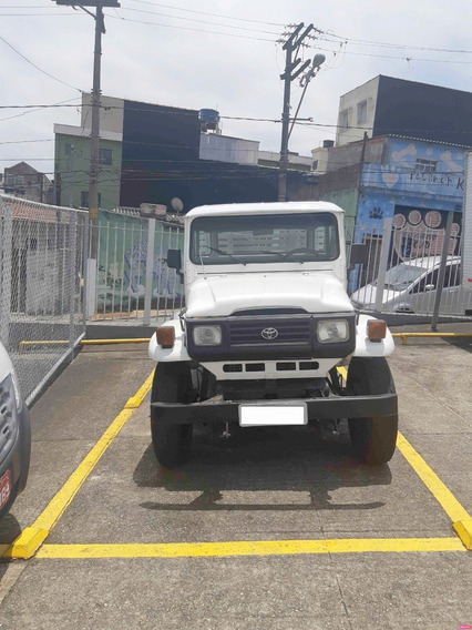 Toyota Bandeirante - Cabine Dupla