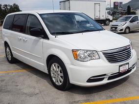 Chrysler Town & Country Para 7 Pasajeros