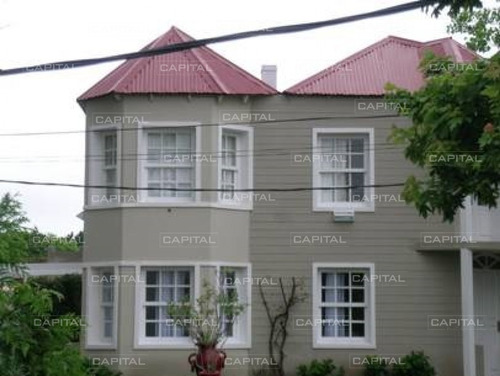Imagen 1 de 28 de Casa En La Barra Punta Del Este En Venta- Ref: 25970
