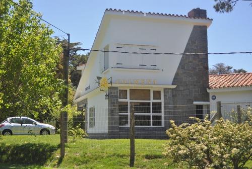 Cómoda Casa En San Rafael- Ref: 3478