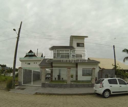 Imagem 1 de 15 de Casa 3 Dormitorios Pereque Porto Belo - 3253