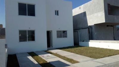 Casa En Renta En Providencia Santa Elena