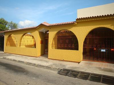 Vendo Bella Quinta En Urb. Overos Norte Turmero Edo.aragua