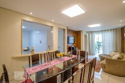 Apartamento No 1º Andar Mobiliado Com 2 Dormitórios E 3 Garagens - Id: 892934468 - 234468