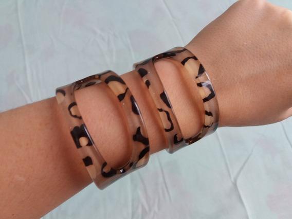 Bracelete Acrílico Animal Print Pulseira Feminina Com Detalhe Vazado 2 Peças Iguais Excelente Qualidade Seminovas Ótimas