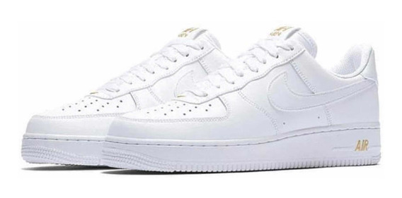 Zapatilla Nike Air Force Blanca Con Detalle Dorado