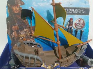 Barco De Jack Y Los Piratas Del Caribe