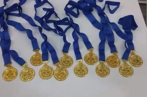 Kit Com 45 Medalhas De Honra Ao Mérito + Nf