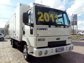Ford Cargo 815e Ano 2010/11 / (opção: Entrada + Consórc