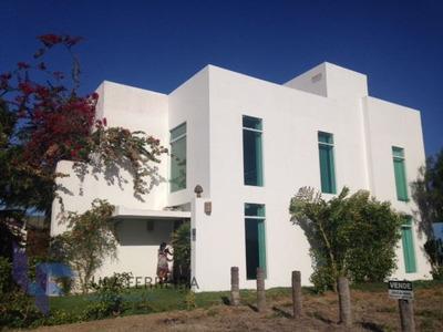 Casa Sobrado Em Condomínio Com 4 Quartos - Lf385-v