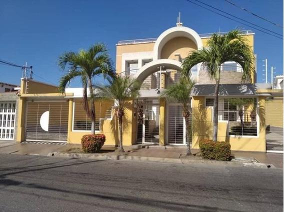 Casa En Venta En Maracay Andres Bello Zp 20-3867