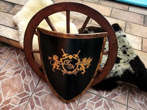Escudo Medieval/ Heráldica/ Brasão/ Cavalaria