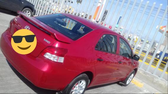 Vendo Toyota Yaris 2012