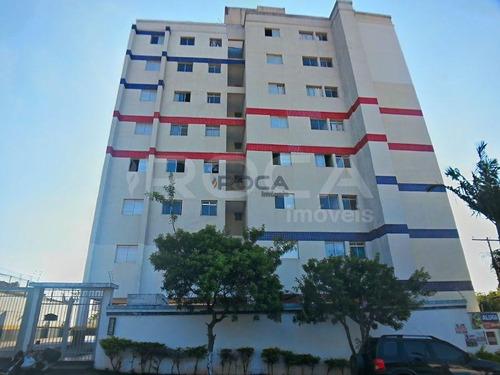 Venda De Apartamentos / Padrão  Na Cidade De São Carlos 26323