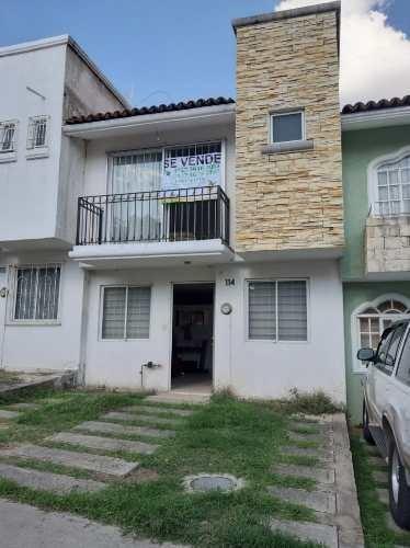 Casa En Coto Priv. Con Rec. En P.b. Por La Central Nueva