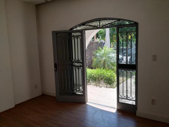 Sobrado Em Centro, Araçatuba/sp De 260m² Para Locação R$ 4.000,00/mes - So349557