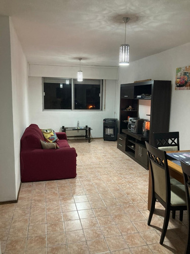 Apartamento En Alquiler, Con Opción Venta A.v Italia  Malvín