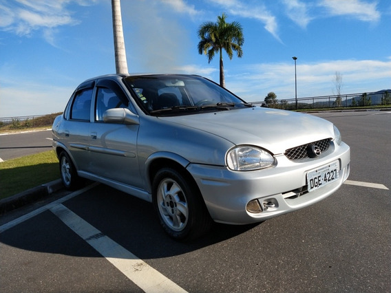 Chevrolet Corsa Sedan 1.6 Super 4p 2002