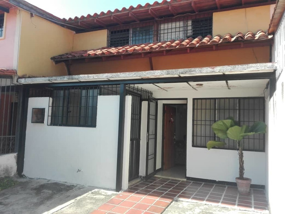 Bonita Y Económica Casa Urb La Campiña
