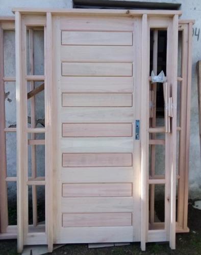 Puerta De Frente Con Dos Mamparas Eucaliptus