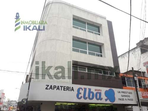 Renta Edificio 3 Niveles 360 M2 Colonia Centro Poza Rica Veracruz. Ubicado En La Calle 2 Oriente Esquina Con 6 Norte, El Edificio Consta 3 Plantas, Cada Piso Con Un Local Comercial Con Oficinas Y Med