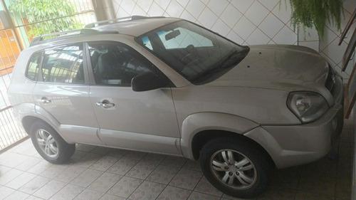 Imagem 1 de 4 de Hyundai Tucson Gl 2.0 2007 Gasolina Automática Bancos Couro
