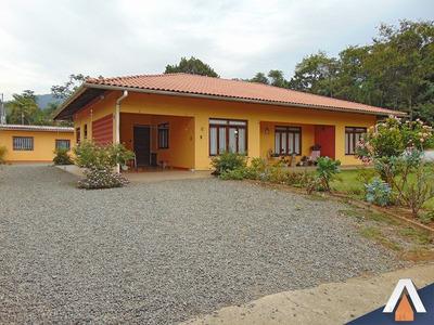 Acrc Imóveis - Casa À Venda No Bairro Passo Manso, Com Amplo Terreno,04 Dormitórios E 05 Vagas De Garagem - Ca00612 - 32557878