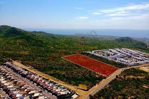 Imagen 1 de 12 de Terreno Para Desarrollar En El Tezal De Cabo San Lucas Con Vista Al Mar Y La Bahía