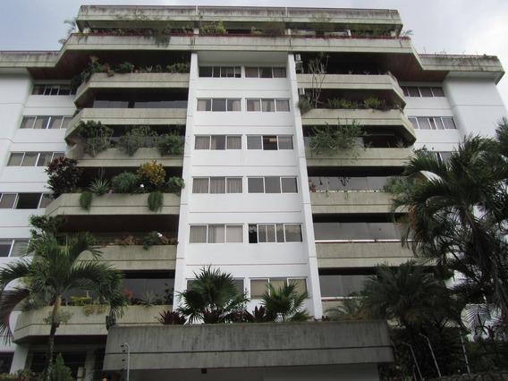 Apartamento En Venta Clnas. De Valle Arriba Mls 20-5934