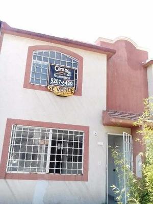 Gran Oportunidad!!! Casa En Venta Dentro De Condominio, Col. Las Americas.
