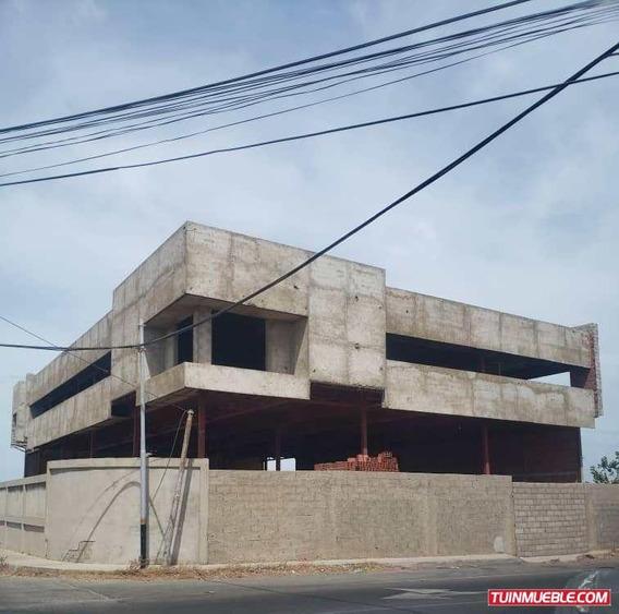 Edificios En Venta En Punto Fijo Urb Santa Irene