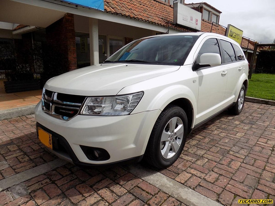 Dodge Journey 2.3cc At Aa 4x2