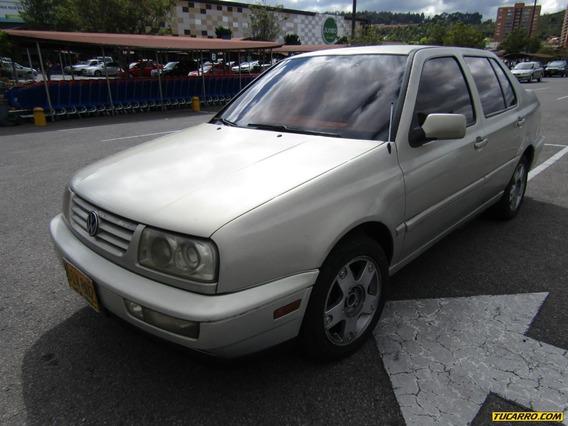 Volkswagen Vento Europa At 2000cc Aa