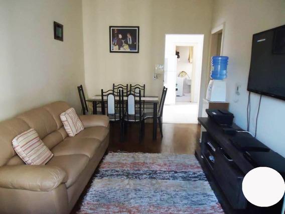2 Quartos, Sala, Cozinha, Banheiro, Lavanderia E Sacada.