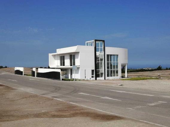Casa 4 Dormitorios 3 Baños 450 M2 Techado ,más Lote De 600 M