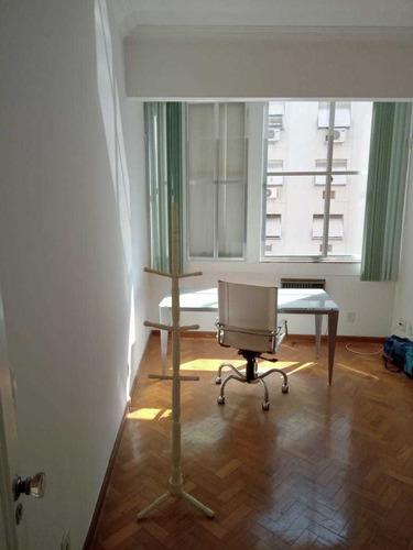 Apartamento Padrão De Frente