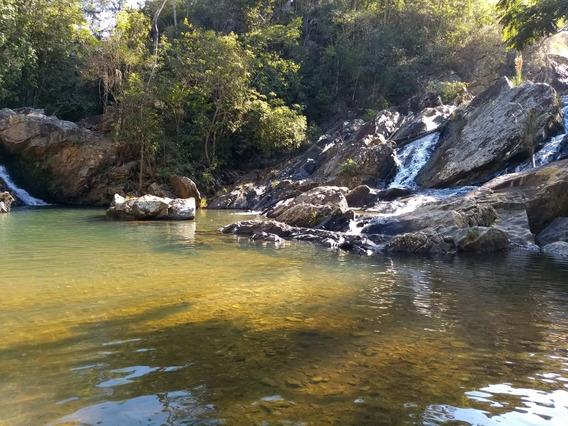Fazenda Com Cachoeira
