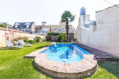 Impecable Casa 5 Amb Cochera Parque Pileta Quincho