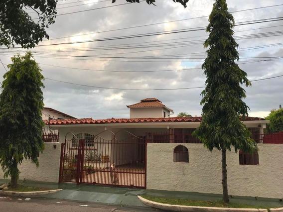 Venta Estupenda Casa En Chanis Panama