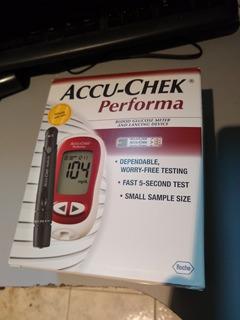 Medidor De Glucosa Accu-chek Performa Nuevo Sin Usar En Caja