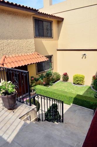 Av1032.7. Casa En Venta En Lomas De La Hacienda. Vivirla Es Autentica Delicia.