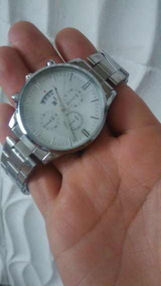 4 Relógios Lindos