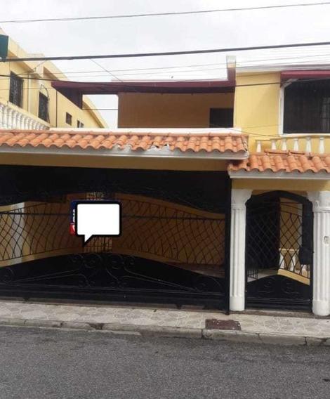 Casa En Zona Oriental, Aut. San Isidro 66564