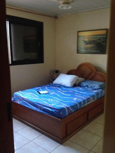 Casa De 2 Pisos 4 Dormitórios  - 4332