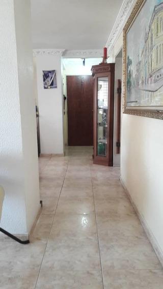 Apartamento En Alquiler Las Delicias 0412-8887550
